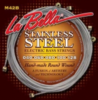 LA BELLA M42-B Stainless Custom Light 5-String 40-128
